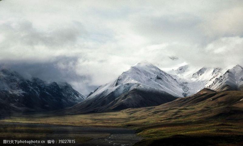 登山运动 山峰图片