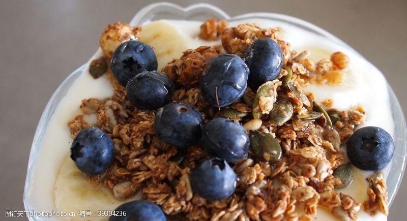 美食传单燕麦片图片