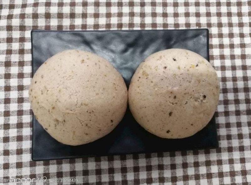 紫米养生馒头图片