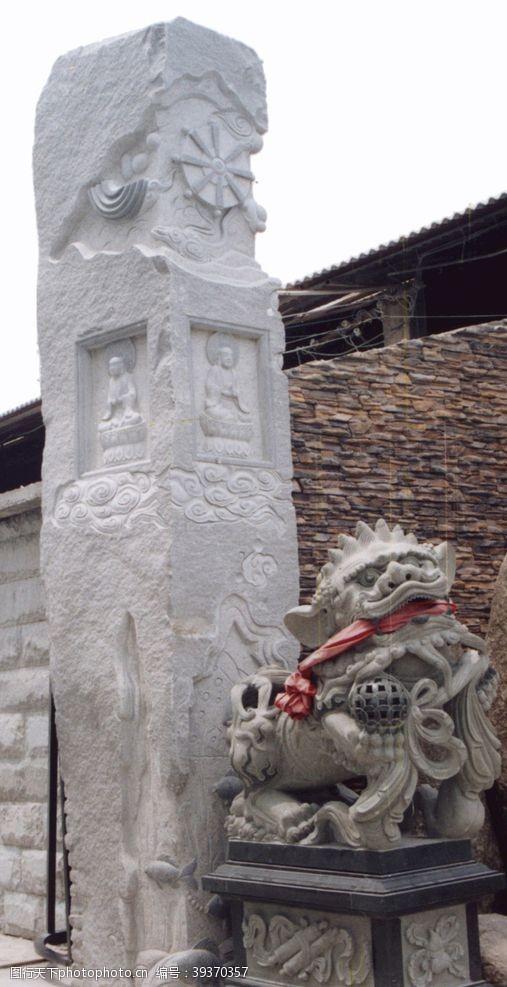 龙柱浮雕柱图片