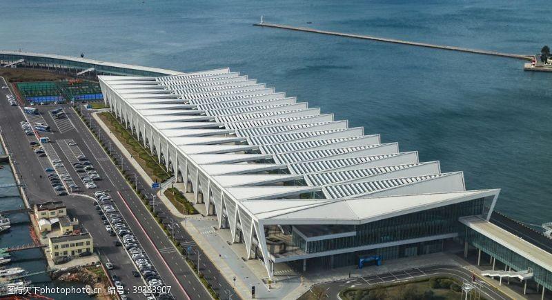 港口码头物流建筑背景海报素材图片