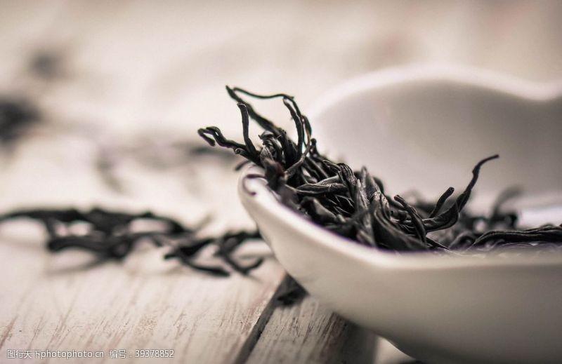 干茶叶图片