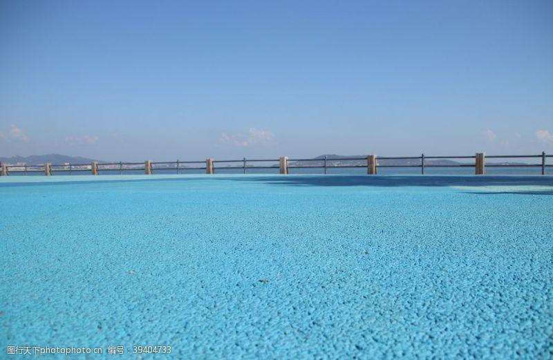 畅游世界海滨广场观海背景图片