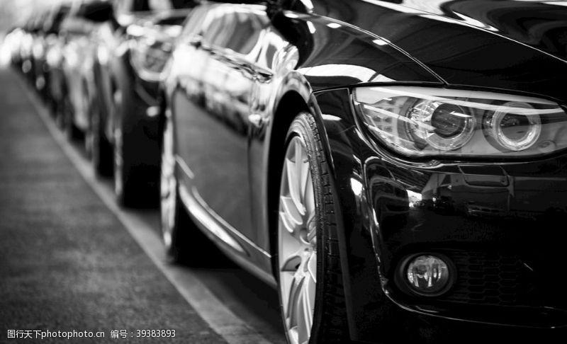 汽车车队黑色背景海报素材图片