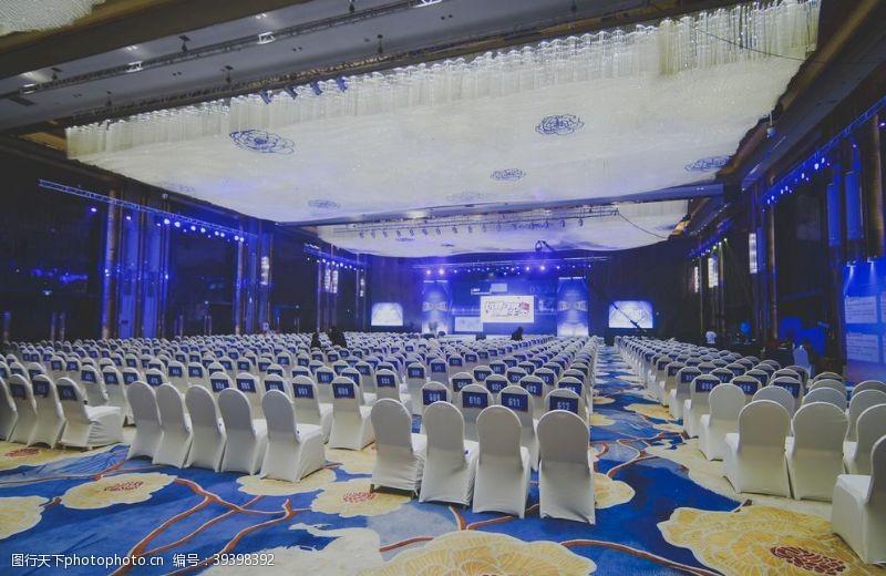 地毯漂亮的会议室图片