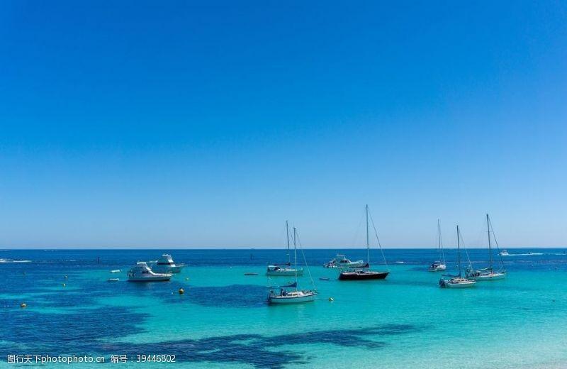 珊瑚海岸风景图片