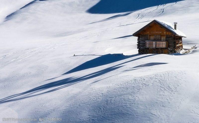 冬至冬天小屋图片