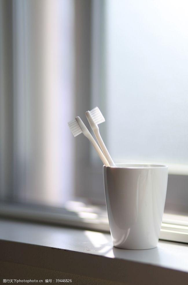 刷牙牙刷图片