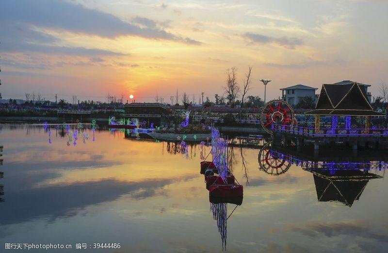 乡村旅游夕阳新村图片