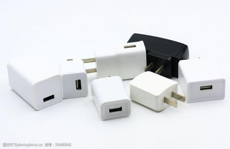 电子产品充电器图片