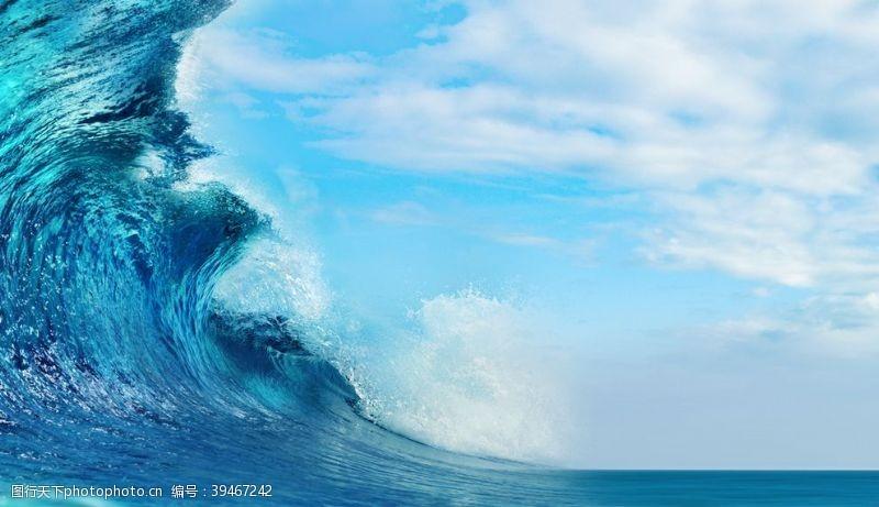水泡海浪波涛图片