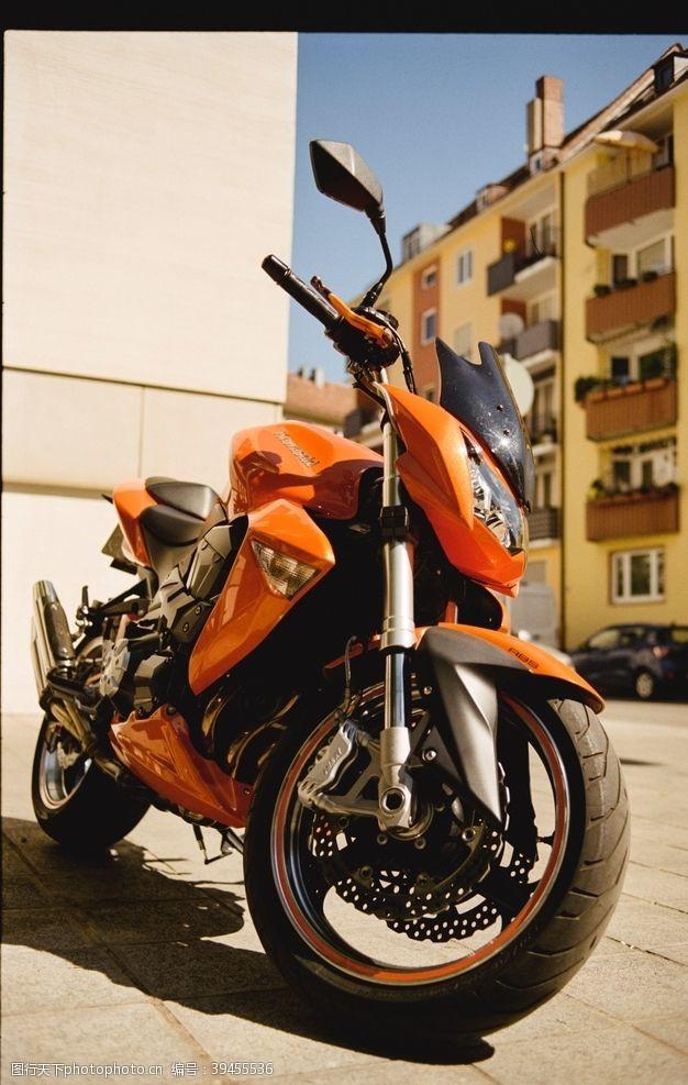 速度摩托车图片