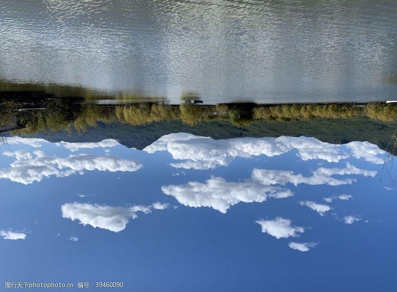 海蓝天丽江拉市海图片