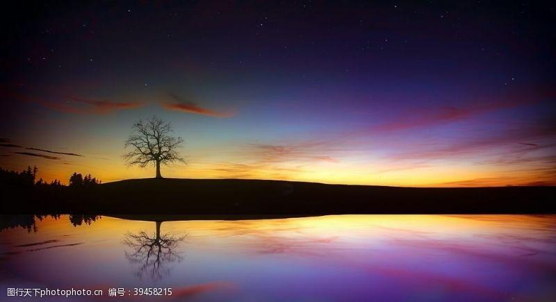 夜晚的天空自然风景图片