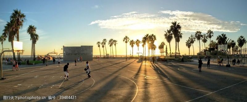 高楼篮球场图片