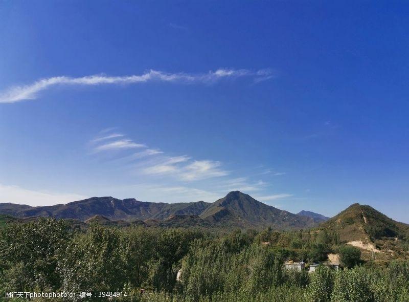 山坡山蓝天家乡图片