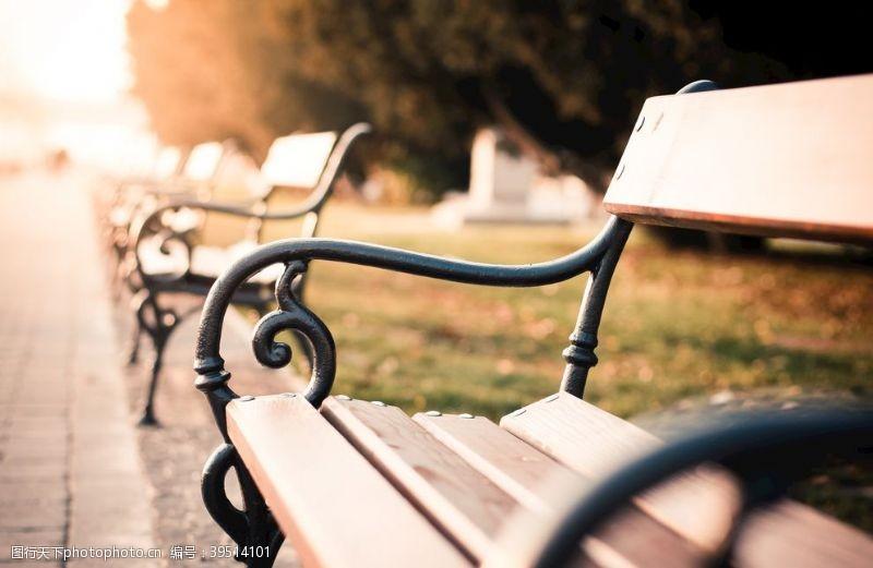 沙滩椅椅子图片
