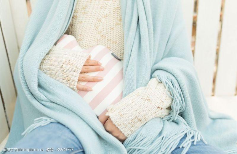 冬季保温保暖女性背景海报素材图片