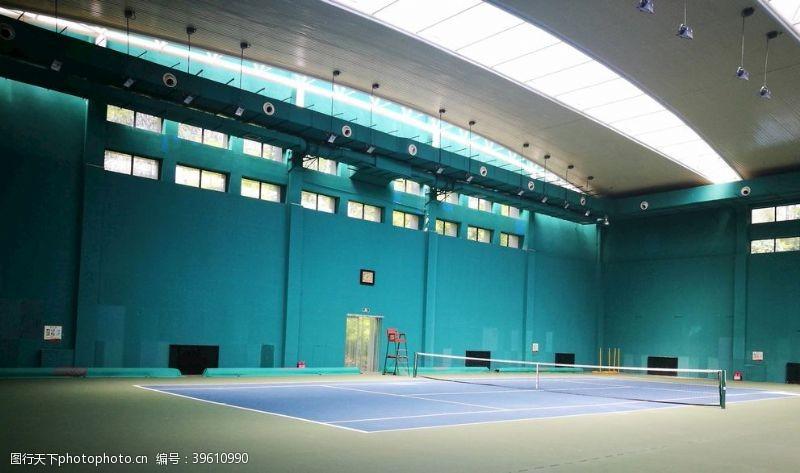 健身锻炼网球场场景图图片