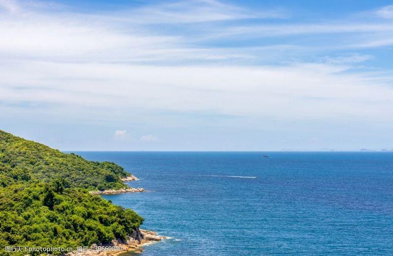 蓝色大海海天一色图片