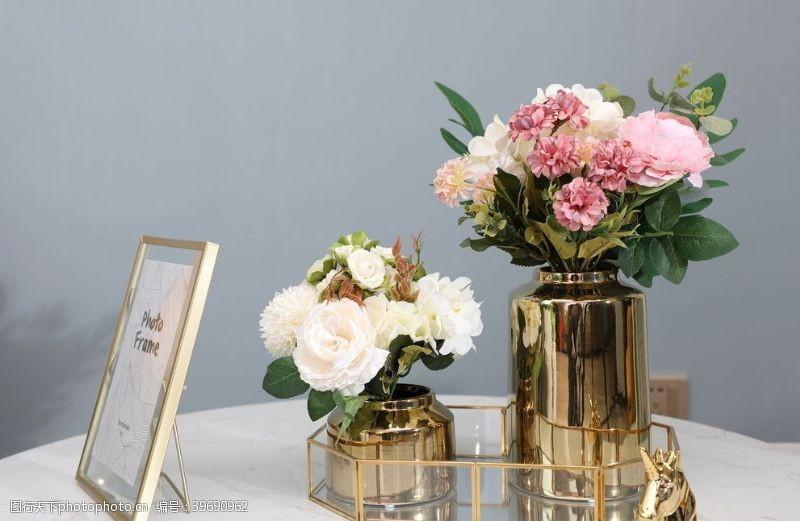 干花花瓶装饰图片