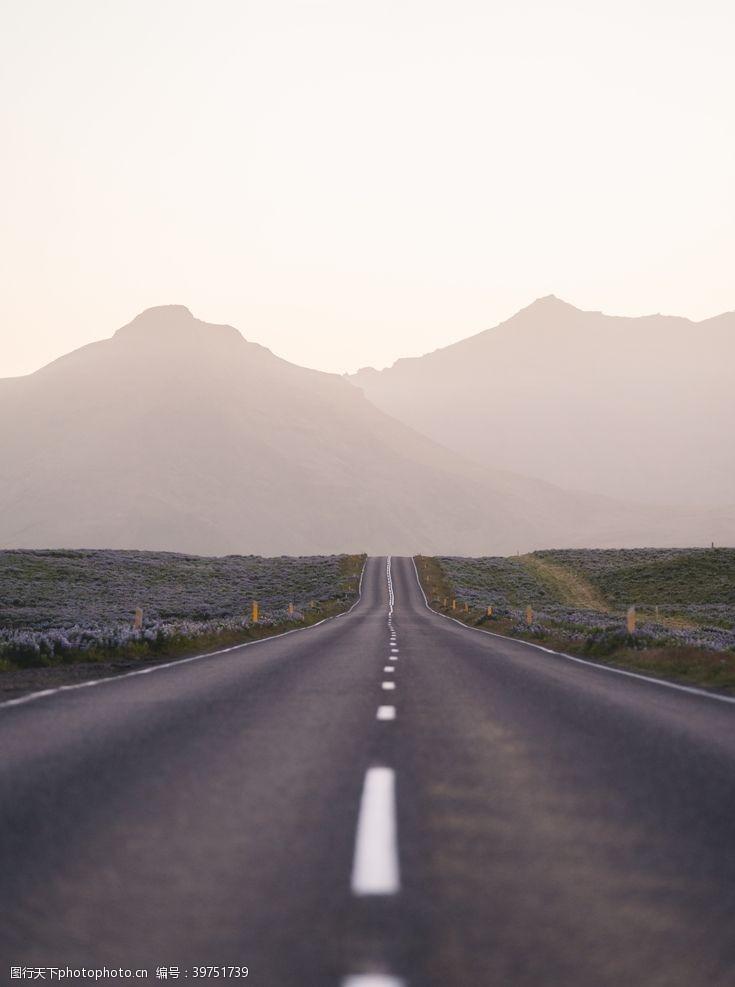 户外旅游马路图片