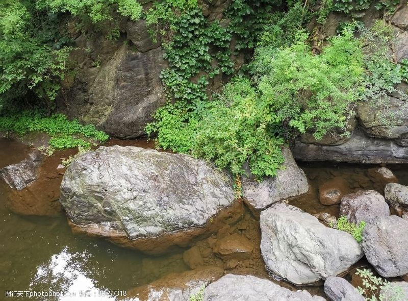 山石京西十八潭图片