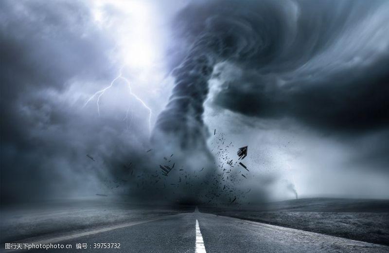 龙卷风图片