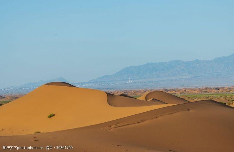 越野沙漠景观图片