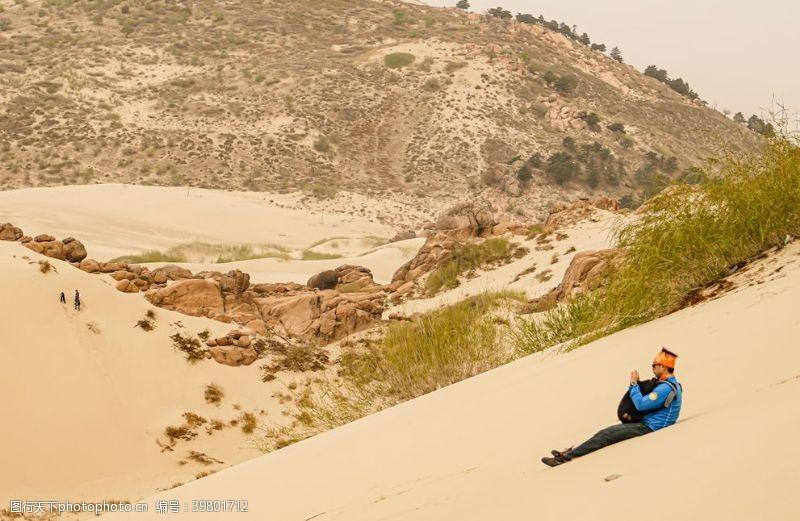 越野壮观沙漠摄影图片