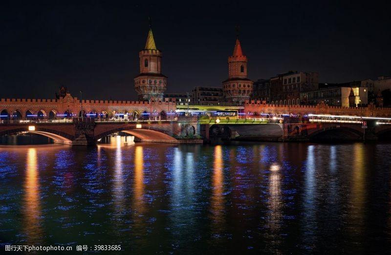 现代城市夜景图片