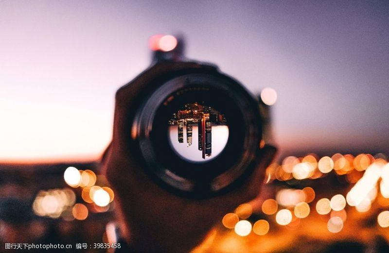 镜片聚焦摄影图片