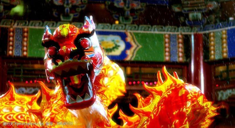 红火年节舞狮图片