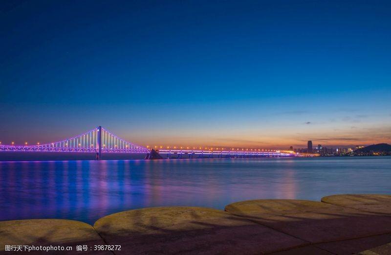 荧光星海大桥图片