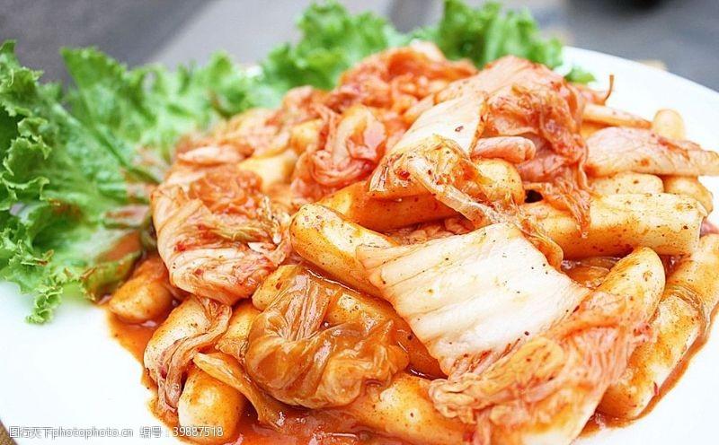 日韩料理辣白菜年糕图片