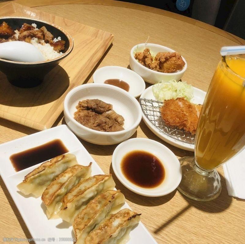 橙汁日式定食图片