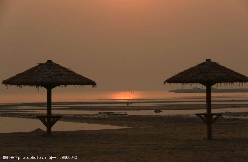 沙滩落日黄昏图片