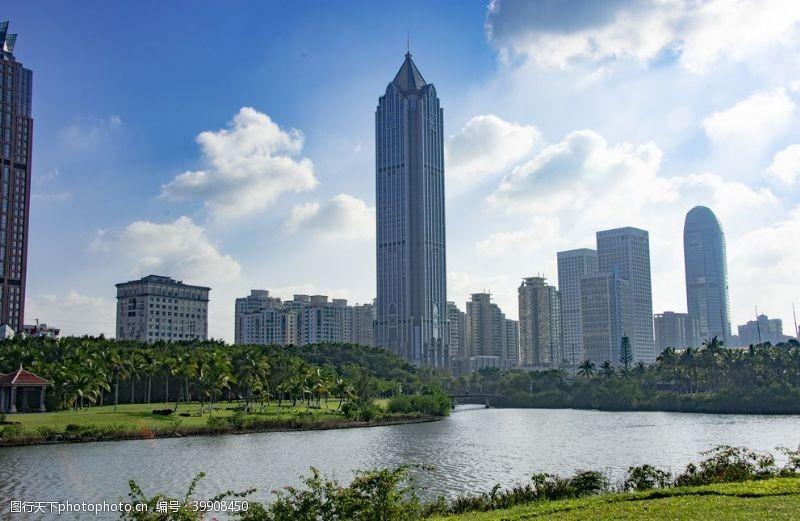 城市绿化高楼图片