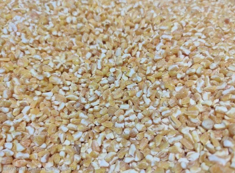 玉米渣玉米图片