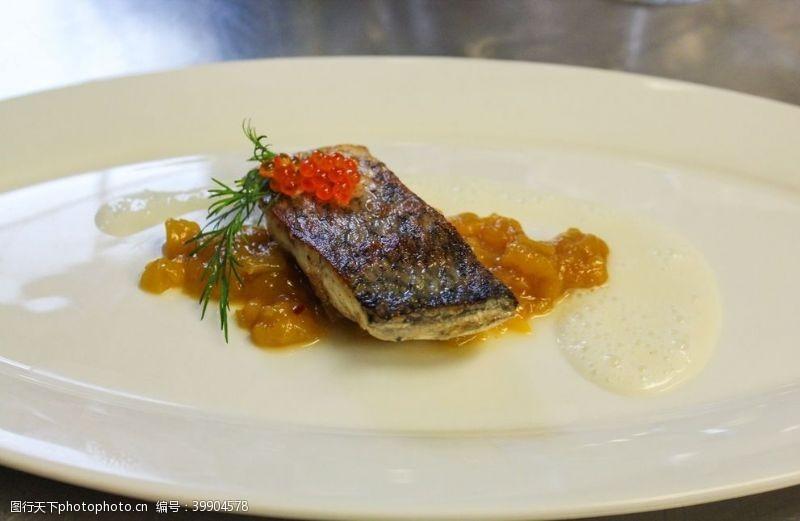 北欧鱼子酱图片