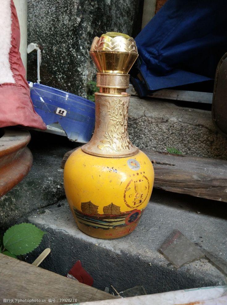 古董花瓶图片