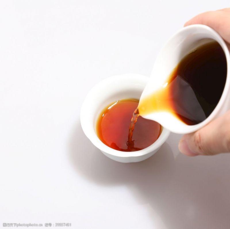 大红袍红茶汤图片