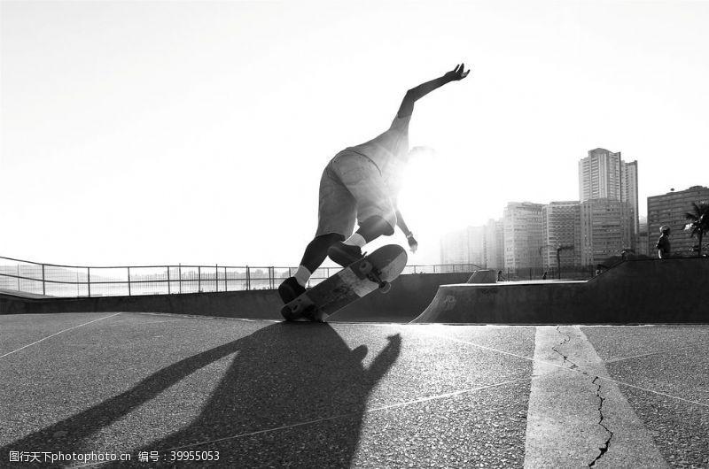 运动休闲滑板运动图片