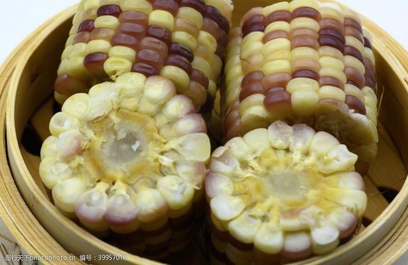加工煮玉米图片