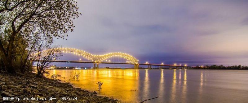 泉水江河溪流图片