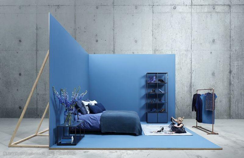 天蓝色墙纸效果图片