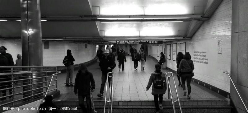 地铁上班族