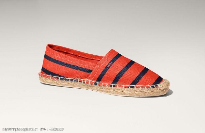 运动鞋帆布鞋图片