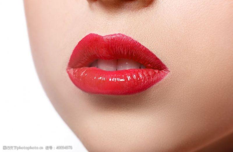 五官红唇图片