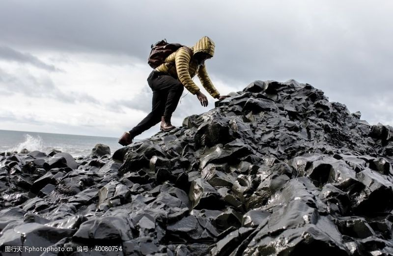攀岩攀登者图片